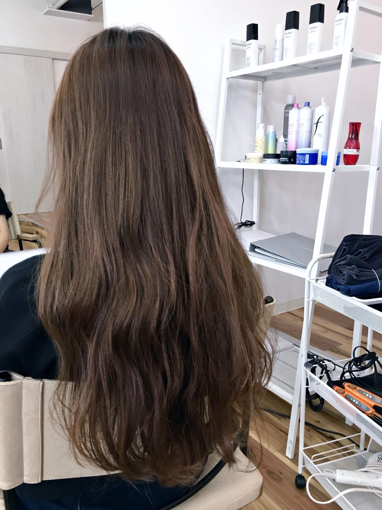 美容師の髪の毛って?【ヘアカラー編】